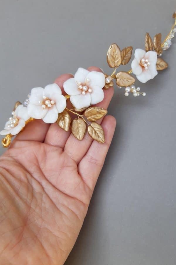 accesorii păr mireasă, diademă pentru mirease, cordeluta cu flori pentru mireasa, accesoriu romantic, accesorii par coc