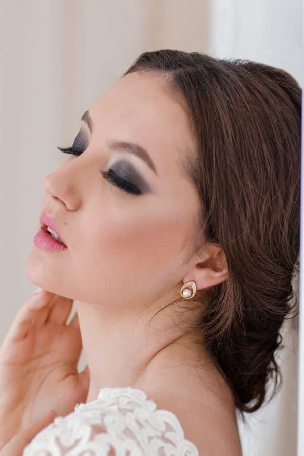 bijuterii perle mireasa, cercei mireasa, cercei domnisoara onoare, set bijuterii mireasa perle, cercei micuti mireasa