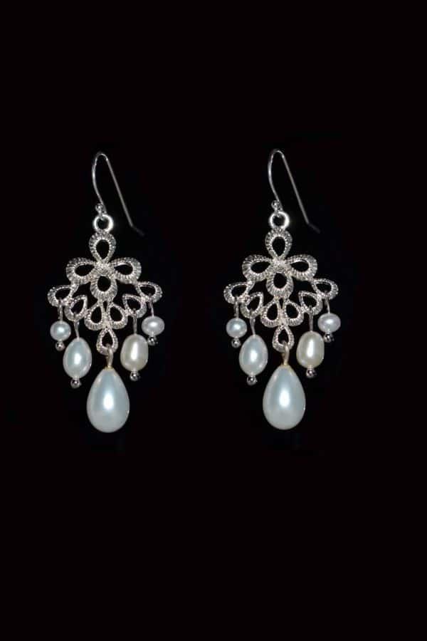 bijuterii perle mireasa, cercei candelabru mireasa, cercei statement, cercei mireasa perle, bijuterii pentru mirese