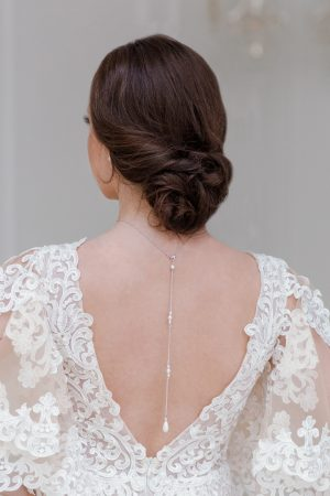 pearl backdrop necklace, delicate bridal back necklace, pearl bridal necklace, bridal backdrop necklace, backdrop necklace wedding
