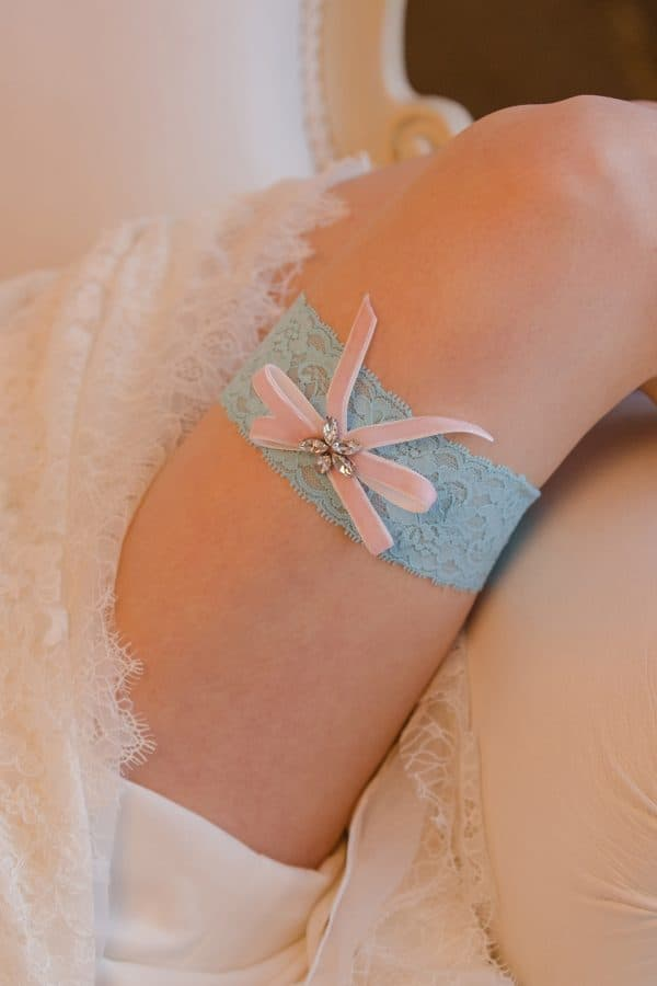 jartiera albastra mireasa, accesorii mireasa, jartiera dantela, jartiera mireasa personalizata, cadouri pentru viitoare mirese