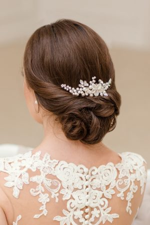 wedding haircomb,bridal headpiece, bridal updo, bridal flower hairpiece, pearl headpiece